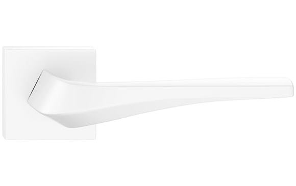 Flow hranatá - farba biela